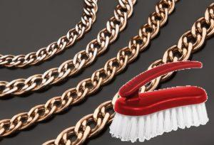 Золотая цепь и щетка