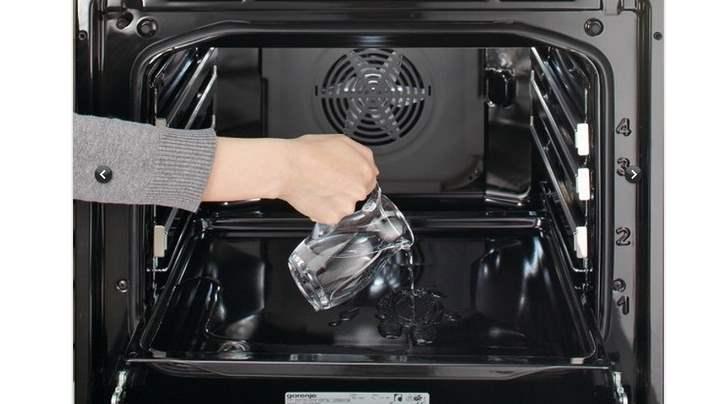 Кувшин воды в духовку
