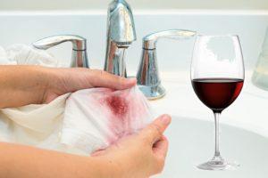 Застирываем пятна от красного вина