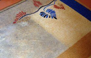 Как почистить ковер уксусным раствором