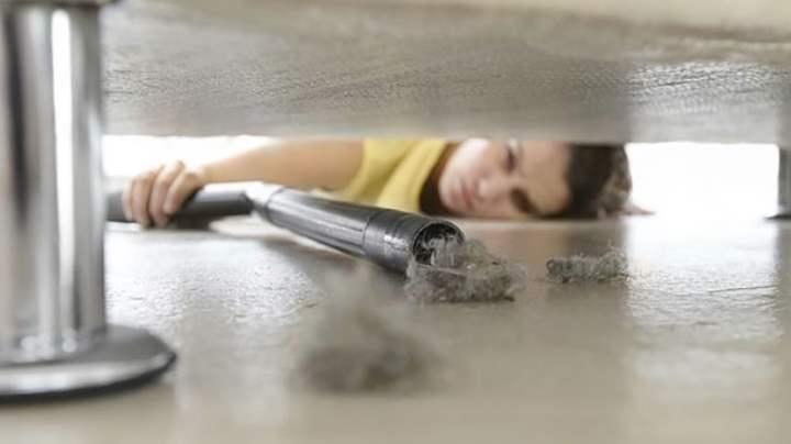 Как очистить поверхность от пыли