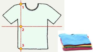 Складывание футболки не является сложным процессом и освоить его сможет даже ребенок.