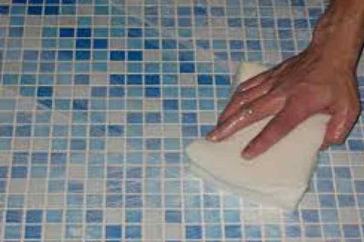Как предотвратить появление известкового налета в ванной