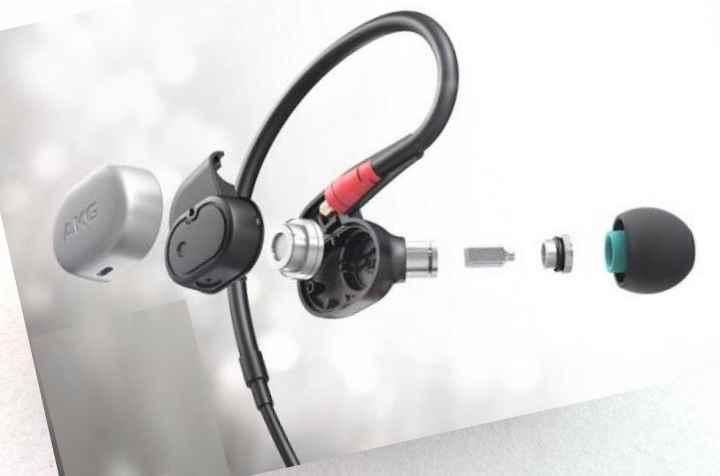 Предварительно отрежьте кабель за 4-5 мм до места обрыва и зачистите его ножом.