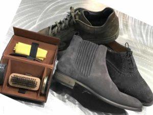 Как правильно почистить замшевую обувь