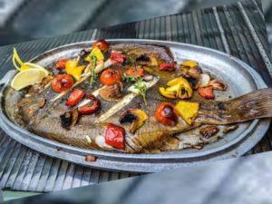 Камбала относится к рыбам, обитающим в Атлантическом и Тихом океанах
