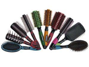 Самые эффективные способы помыть и продезинфицировать расчёску
