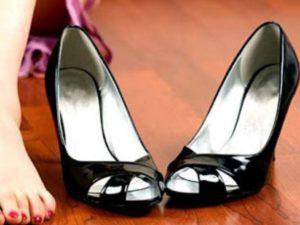 Теперь нужно надеть туфли и заниматься своими делами, главное при этом не сидеть, а ходить.
