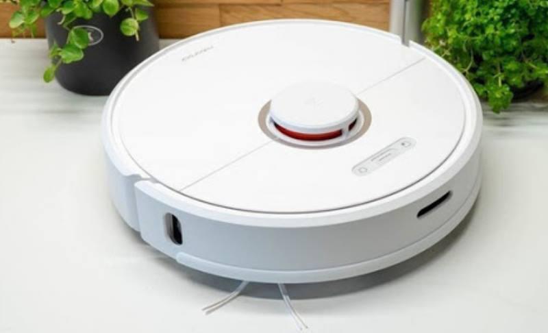 Этот робот тоже имеет интересный внешний вид